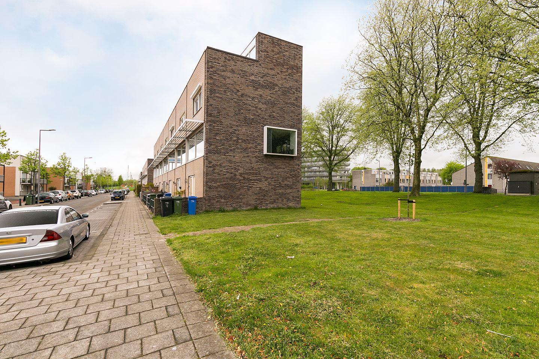 Digna Johannaweg, Hoogvliet